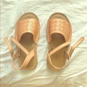 Toddler sandals sz 9